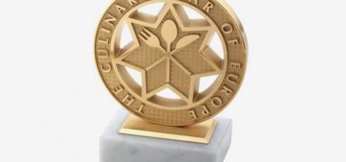 Customised awards at Van Ranst